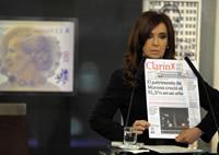 El periodismo sustituye a la política